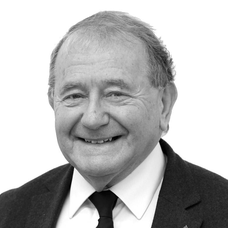 Leon Lurie Senior Solicitor